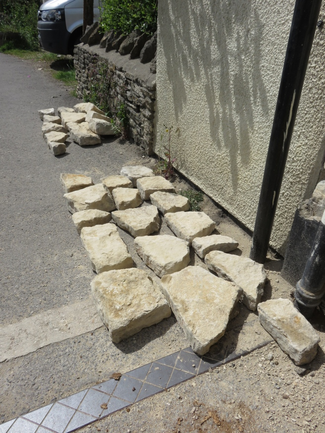 Some of the stones lined up in their courses from one to six.